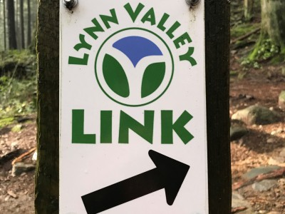 : Lynn Valley LINK: Directional signage