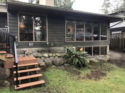 Ingram Residence: New wood-framed windows