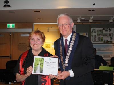 Photo of 2017 civic award winner Sharing Abundance